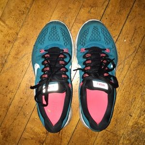 Turquoise Nike LunarGlide 5 Running Shoes